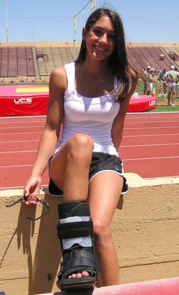 Allison Stokke Muscles