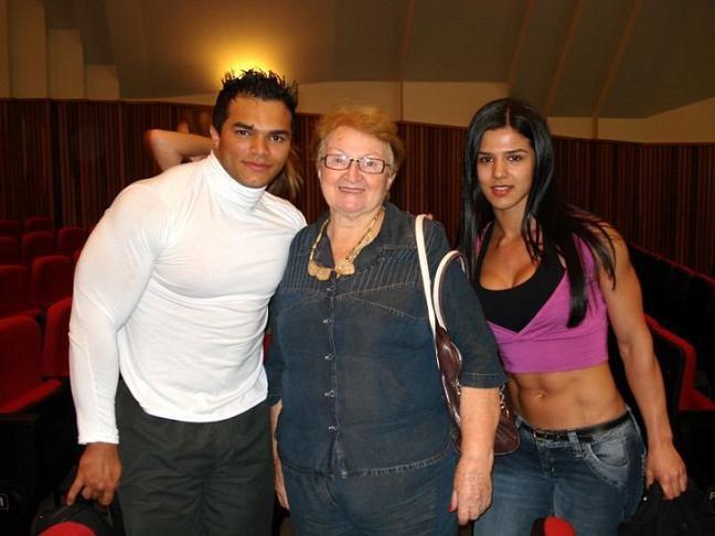 Eva Andressa Vieira Muscles