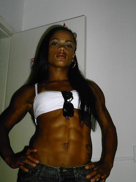 Fernanda Guimaraes Fernandinha Araujo Muscles