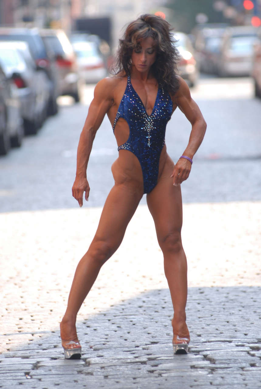Jodi Miller Muscles