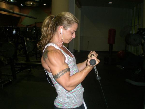 Lisette Valdes Muscles