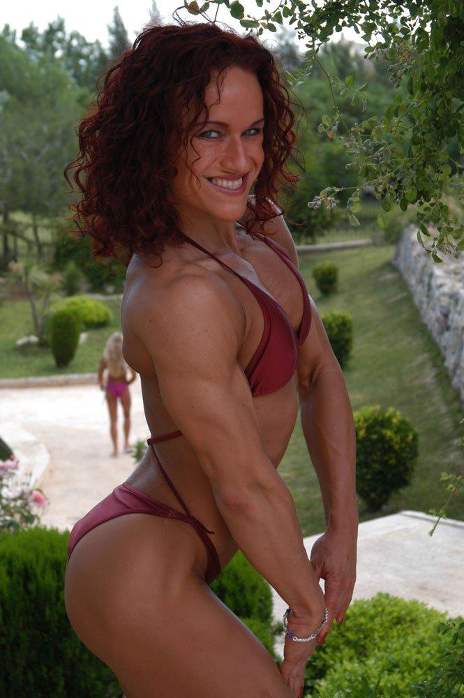 Lucia Hrinova Muscles