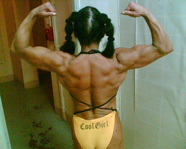Ludmila Tihonchuk Muscles