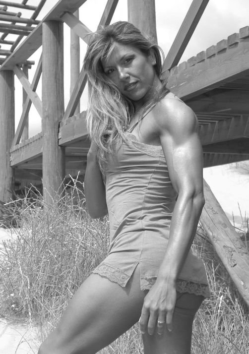 Melu Lemus Muscles