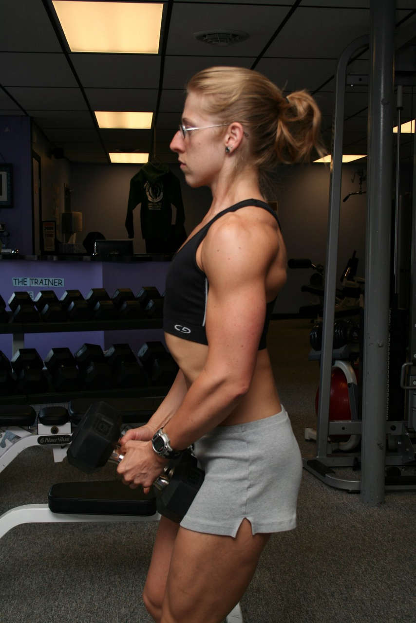 Natalie Barnett Muscles