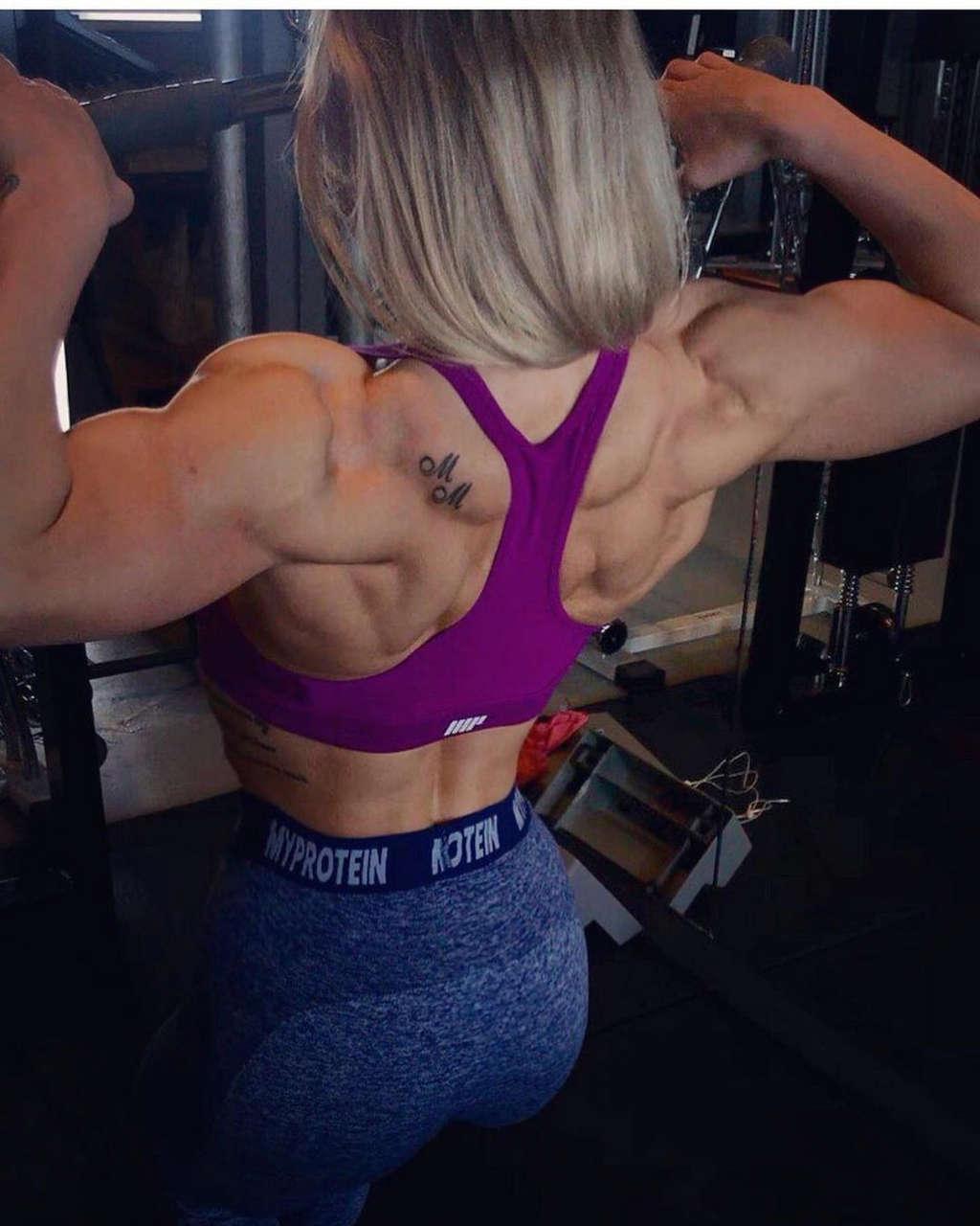 Mille Sofie Rasmussen Muscles